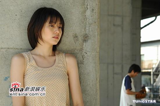 组图:邻家女孩长泽雅美专访对陈柏霖印象深刻