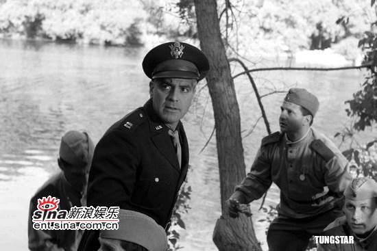 组图:乔治・克鲁尼《善良的德国人》剧照曝光