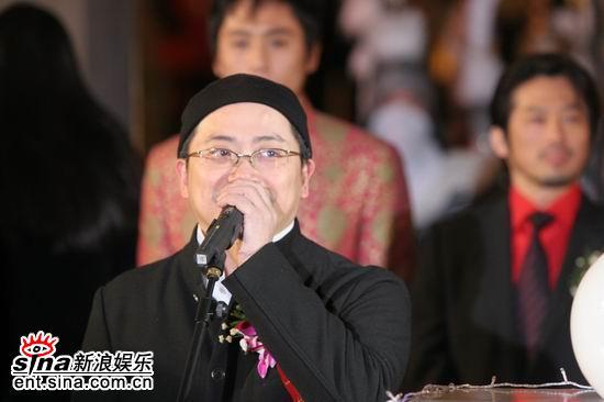 图文:《无极》首映红地毯-美术指导叶锦添致辞