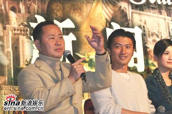 图文:《情癫大圣》发布会--导演刘镇伟和霆锋