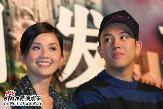 图文:《情癫大圣》发布会--青春偶像蔡卓妍和张致恒