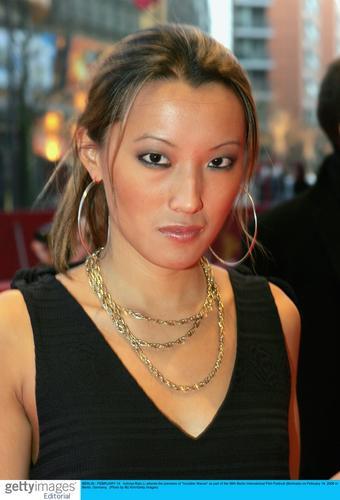 图文:《无形海浪》柏林首映--香港女星李彩桦