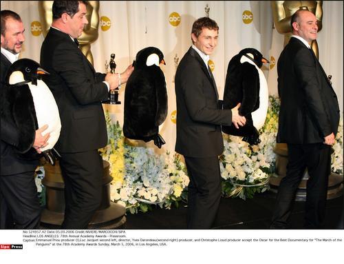 帝企鹅日记 获最佳纪录片人与企鹅同乐
