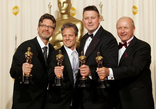 组图:第78届奥斯卡金像奖《金刚》获三大奖项