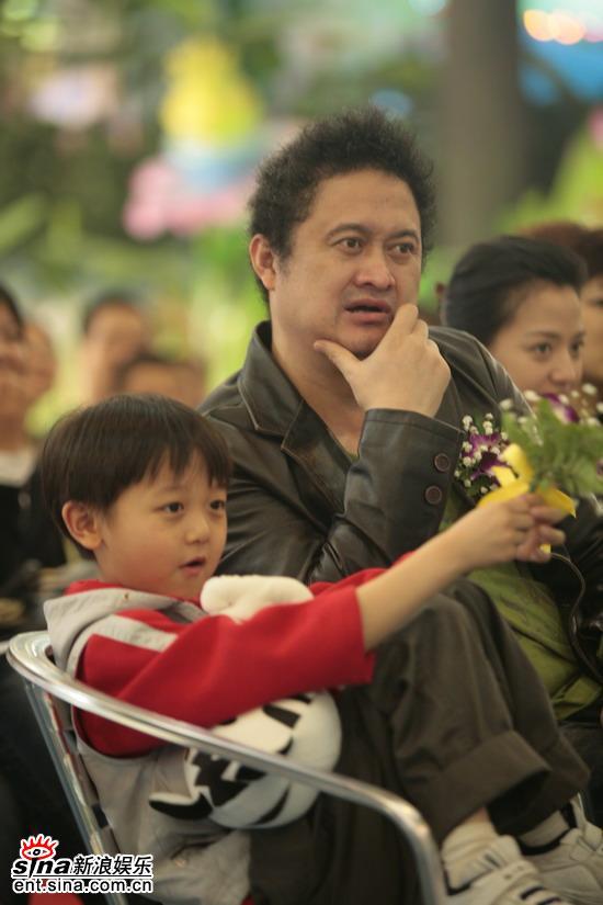 图文:《看上去很美》广州首映-张元和董文博