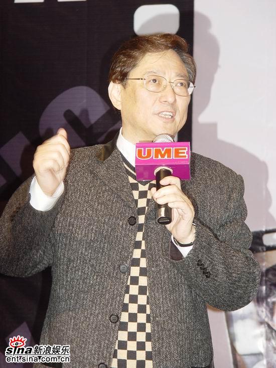 图文:《理发师》超前首映-艺术总监吴思远