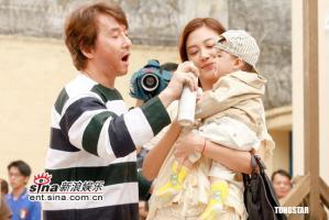 组图:《宝贝计划》杀青戏蔡卓妍首次演绎孕妇