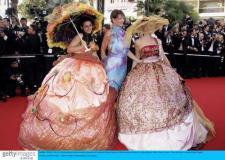 组图:《绝代艳后》首映莫妮卡贝鲁奇性感迷人