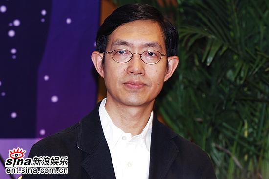 图文:上海电影节亚洲新人奖评委亮相--李焯桃