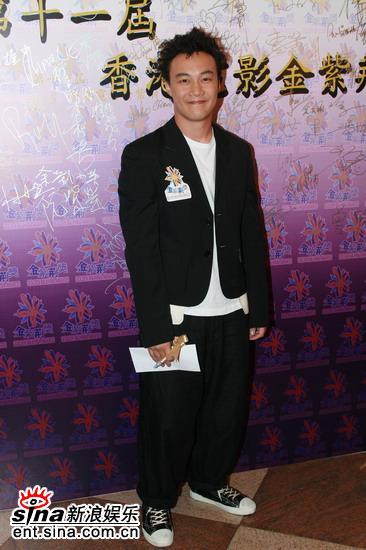 图文:金紫荆奖颁奖礼-大顽童陈奕迅亮相红地毯