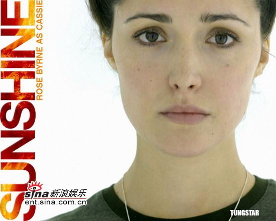 图文:《拯救阳光》角色海报--女演员