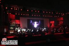 《夜宴》音乐大碟发布腾格尔张靓颖现场飚歌