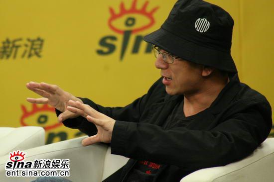 图文:《卧虎》主创新浪聊天--导演王光利