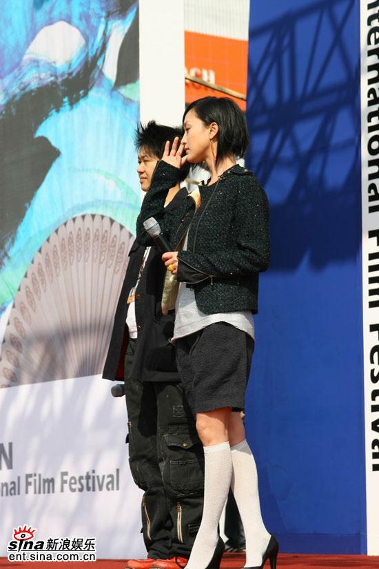 图文:《明明》釜山观众见面会--倾听影迷提问