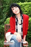 组图:刘若英庆祝获百花影后被师姐张艾嘉惹哭