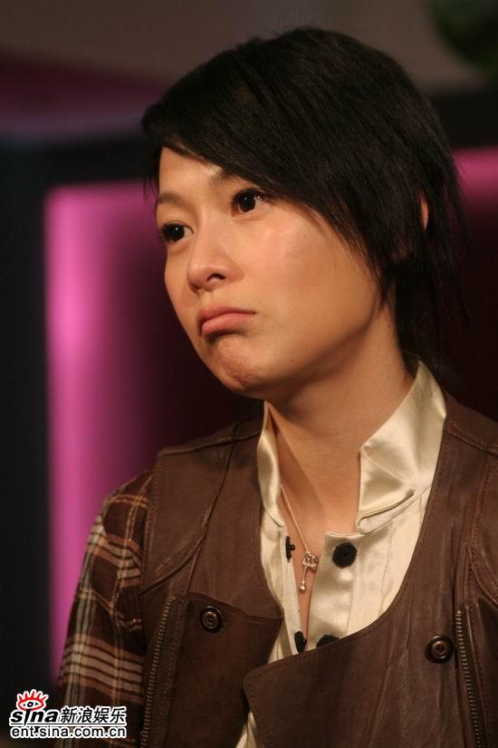 图文:《生日快乐》主创聊天--刘若英撅嘴