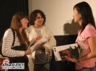 中国导演热会希腊影迷:要拍好看的电影(组图)