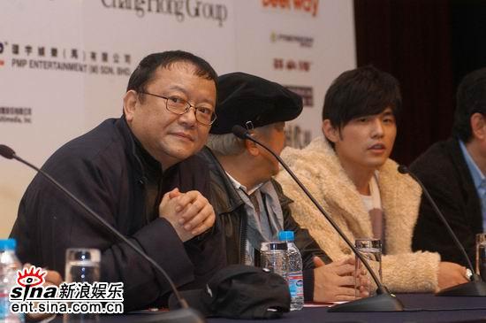 图文:《灌篮》上海开机--王刚曾志伟和周杰伦