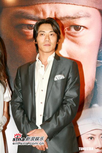 图文:《苍狼》香港首映--帅气反町隆史