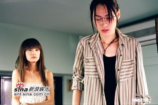 组图:《刺青》台湾宣传梁洛施参加纹身派对
