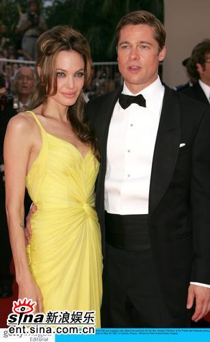 图文:《十三罗汉》首映--皮特与朱莉