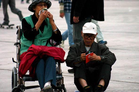 图文:2004迷笛音乐节最后一天现场花絮(9)