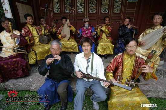 王力宏远征滇藏音乐采风新专辑年底完成(组图)
