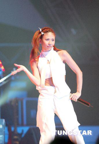 图文:林晓培MAX举行冲绳新鲜事演唱会(11)