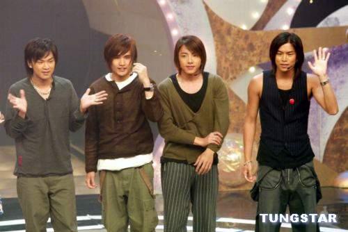 组图:众偶像团体参加TVB劲歌金曲录影展才艺
