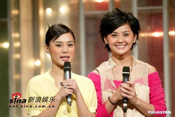 组图:Twins参加TVB劲歌金曲录影大展演唱实力