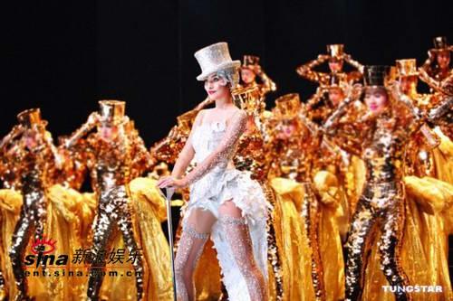 组图:陈慧琳演唱会华丽一页百老汇歌舞将上演