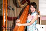 组图:蔡依林演唱会举行彩排现场弹琴展示才艺