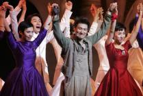 组图:张学友《雪狼湖》首演观众泪洒平安夜