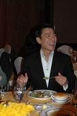 组图:刘德华釜山获2006年度最有贡献电影人