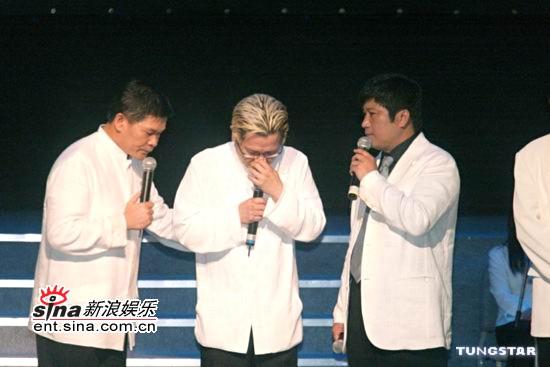 图文:倪敏然告别式举行众明星好友悉数出席(14)
