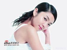 组图:薛凯琪七位数接拍护肤广告展晶莹肌肤
