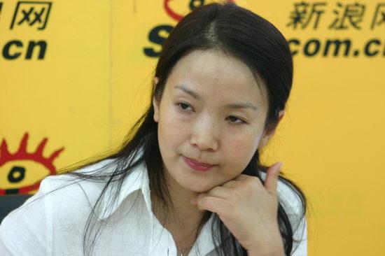 图文:吕丽萍第三次作客新浪嘉宾聊天室(4)