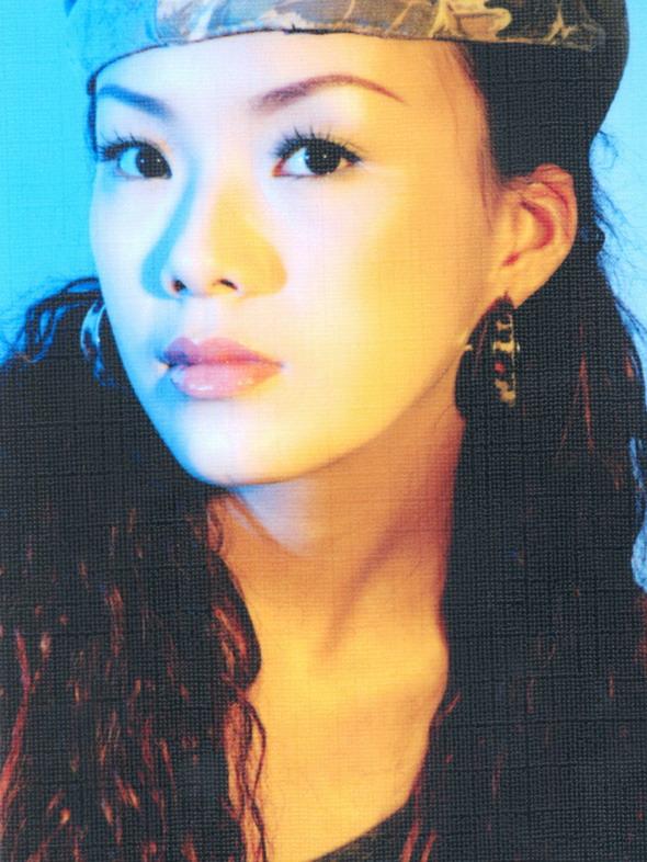 资料图片:05星姐选举第6期参赛选手-谢芳
