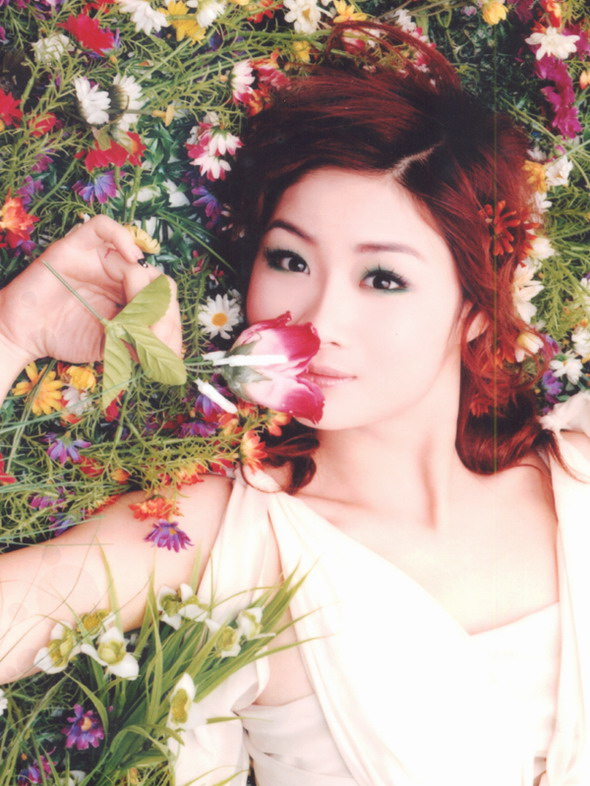 资料图片:05星姐选举第10期参赛选手-谢瑶函