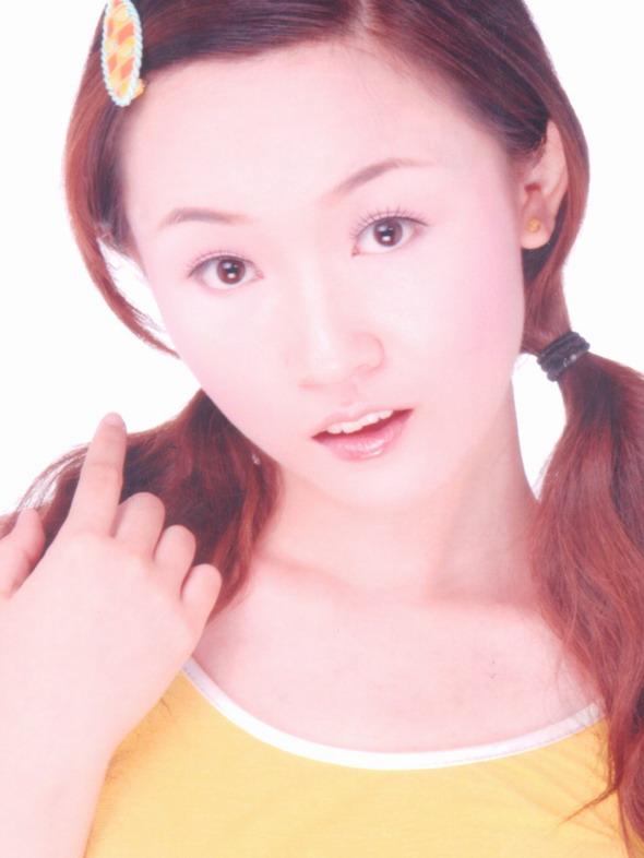 资料图片:2005星姐选举最新参赛选手-许沅沅