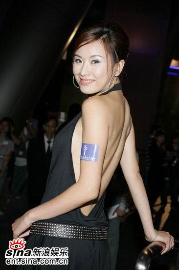 图文:亚洲先生竞选开始嘉宾评委争奇斗艳(12)