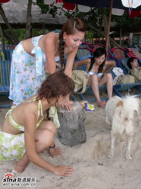 图文:星姐泰国性感可爱拍外景--海边游玩