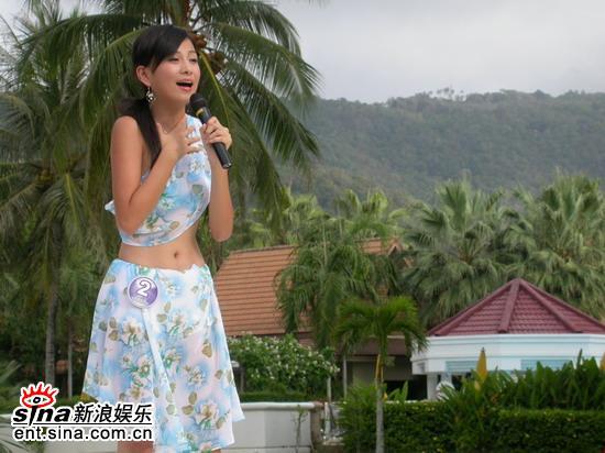 图文:唐嫣然泰国性感可爱拍外景--深情献唱