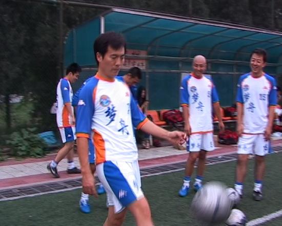 资料图片:梦舟明星足球队活动--黄健翔