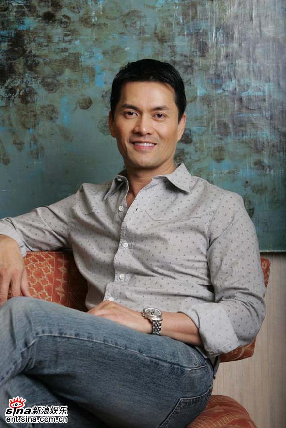资料:香港演员吕良伟个人档案(图)