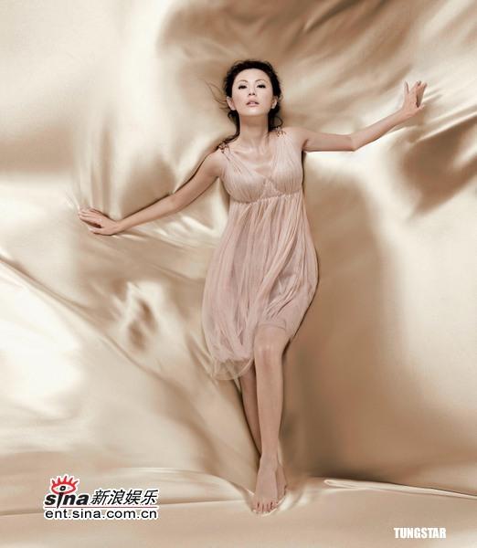 5月9日最美女星:刘心悠变身性感女神秀完美身材