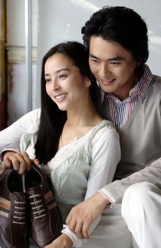 8月7日最美女星:韩惠珍金锡勋合拍广告情意绵绵