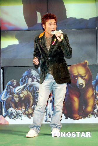 许志安出席动画 熊的传说 首映式 1