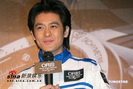 组图:林志颖代言赛车表首次谈与林心如恋情