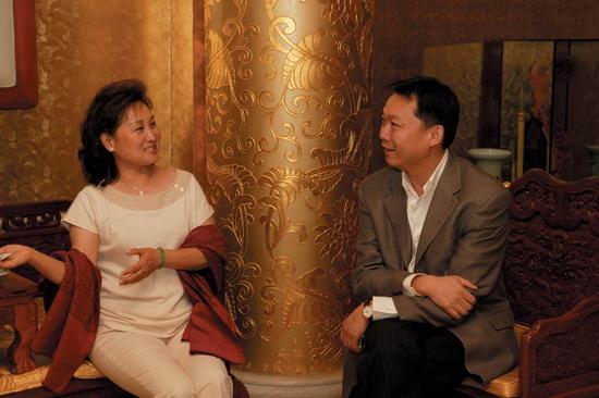 吴宇森夫人牛春龙告诉你一个真实的吴宇森(图)